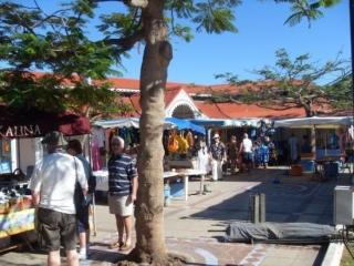 Reprise d'activité sur le marché touristique de Marigot