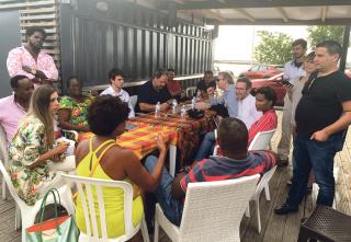 Réunion de concertation avec les commerçants du front de mer (Restaurateurs, opérateurs du marché...)
