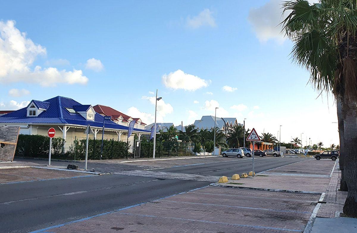 Le front de mer de Marigot, mercredi après-midi.