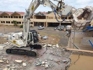 Déconstruction de l'école élémentaire Nina Duverly