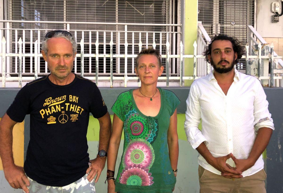 Trois membres du Collectif pour l'Eau Potable à Saint-Martin.