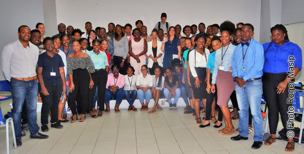 Succès du speed meeting sur la sensibilisation  des jeunes à l'entreprenariat féminin