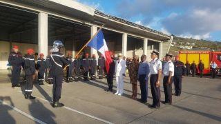 Les pompiers de Saint-Martin reçoivent les honneurs de la République
