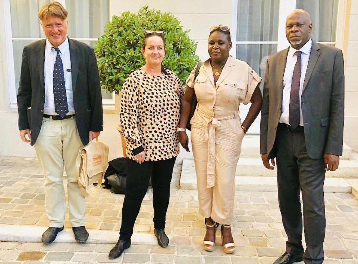 Aux côtés du Sénateur Guillaume Arnell, Angèle Dormoy, présidente de la CCISM, Maître Sandrine Jabouley, conseillère technique et Philippe Mouchard, représentant de la Collectivité.