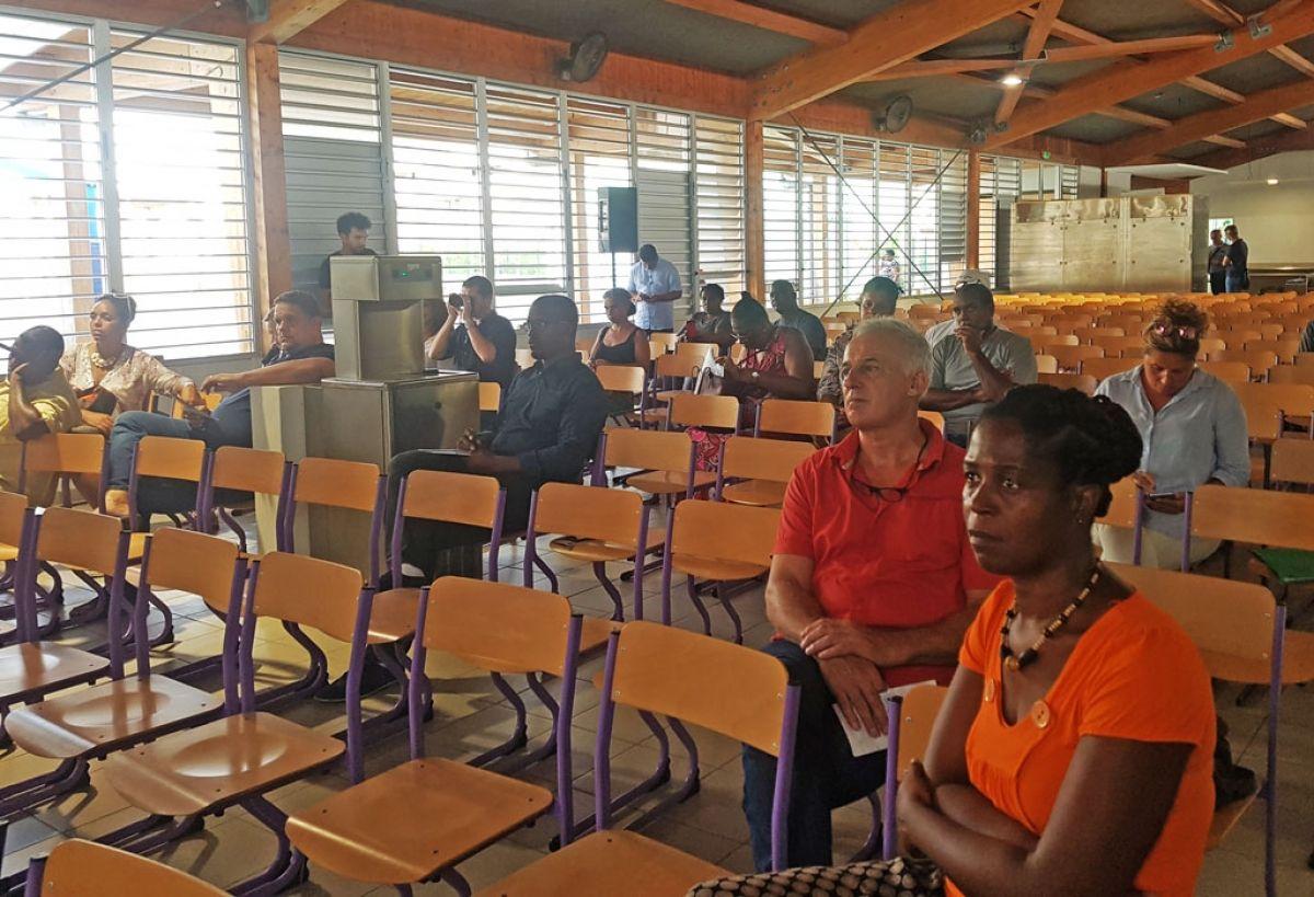 Une vingtaine de personnes assistait à la première réunion publique, lundi dernier.