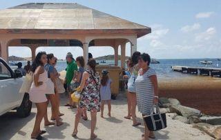 Mardi matin, les passagers qui souhaitaient se rendre sur l'îlet Pinel  repartaient bredouilles : les passeurs leur expliquaient  qu'ils manifestaient leur mécontentement vis-à-vis des autorités.