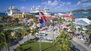 La direction de Port Sint-Maarten sponsorisera les feux d'artifices du nouvel an 2019 à Great Bay. Aussi, les responsables de la gestion portuaire recherchent des partenaires pour aider à célébrer la nouvelle année.