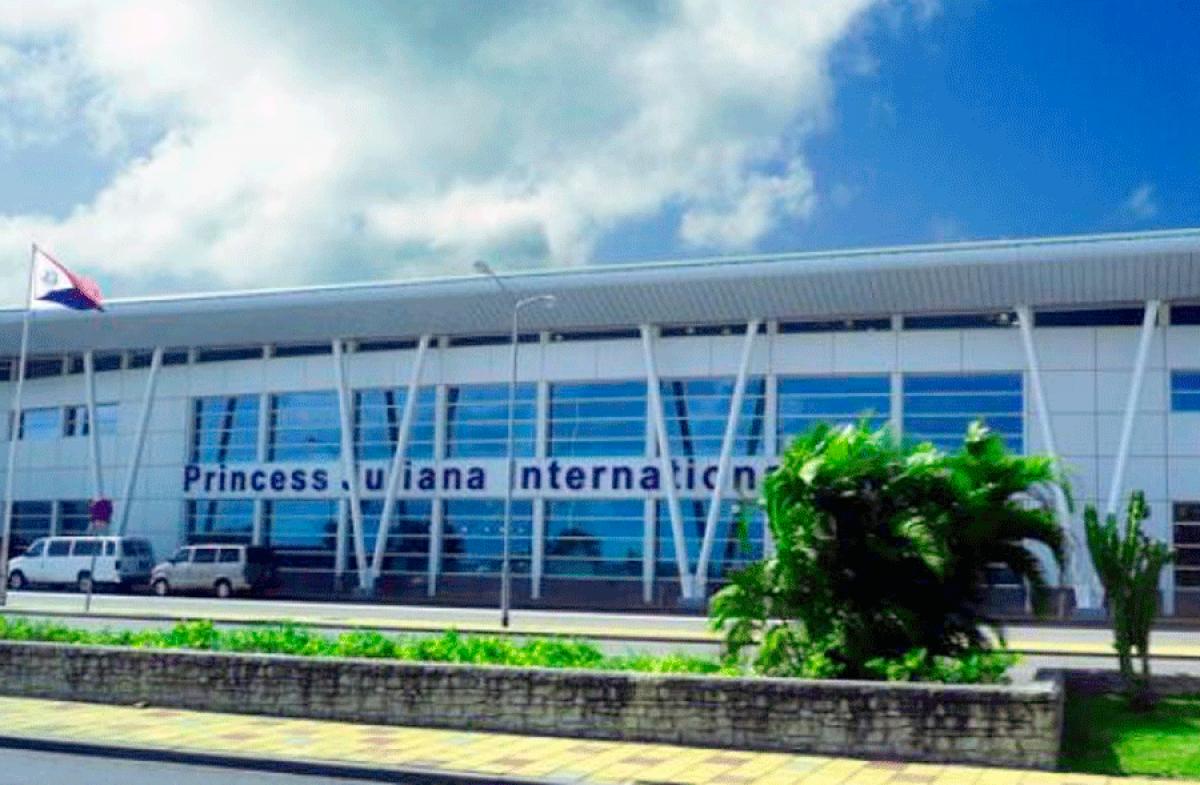 L'aéroport Princess Juliana pourrait rouvrir le 1er juillet