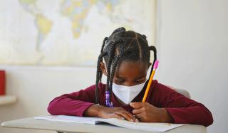 Port du masque en école élémentaire : Trop, c'est trop !