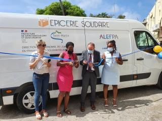 Le bus Epicerie solidaire itinérante a été inauguré vendredi dernier  en présence des partenaires officiels.