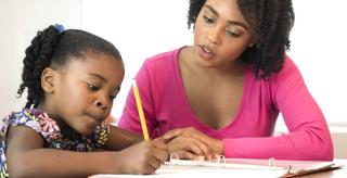 Stylo d'Août : un dispositif gratuit de soutien scolaire