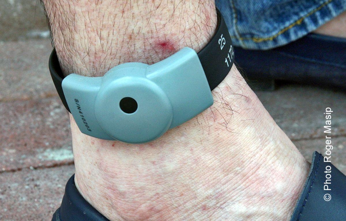 Mise en place de bracelets  électroniques à Sint-Maarten